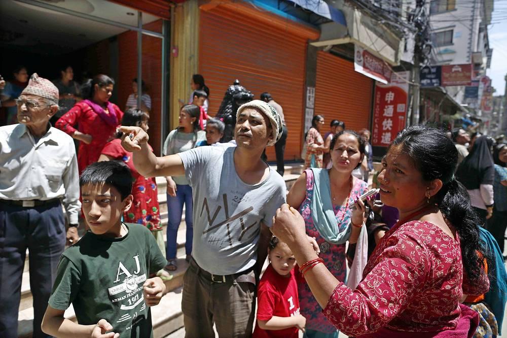 По словам пресс-атташе посольства Азрета Боташева, многие россияне покинули Непал после землетрясения магнитудой 7,9, которое произошло 25 апреля