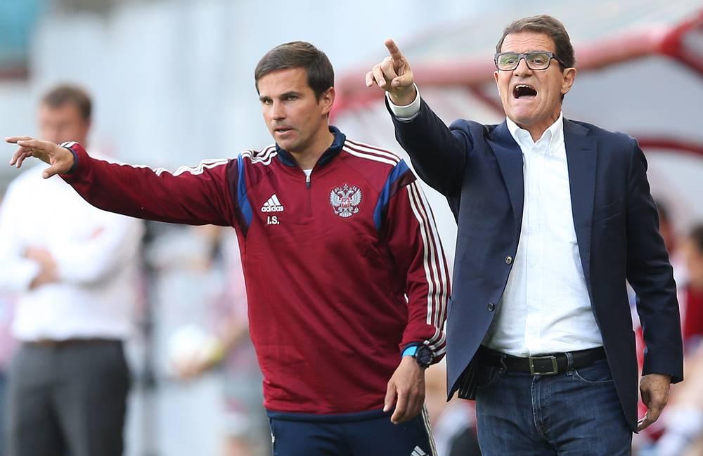 Главный тренер сборной России по футболу Фабио Капелло (справа)