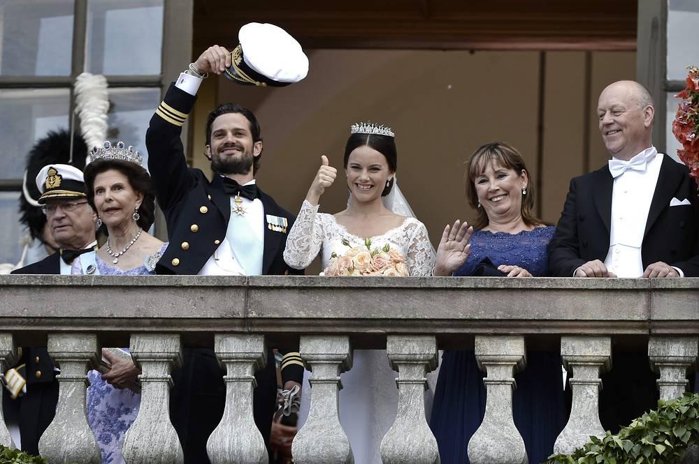 Церемония бракосочетания принца Швеции Карла Филиппа и Софии Хельквист в Стокгольме
