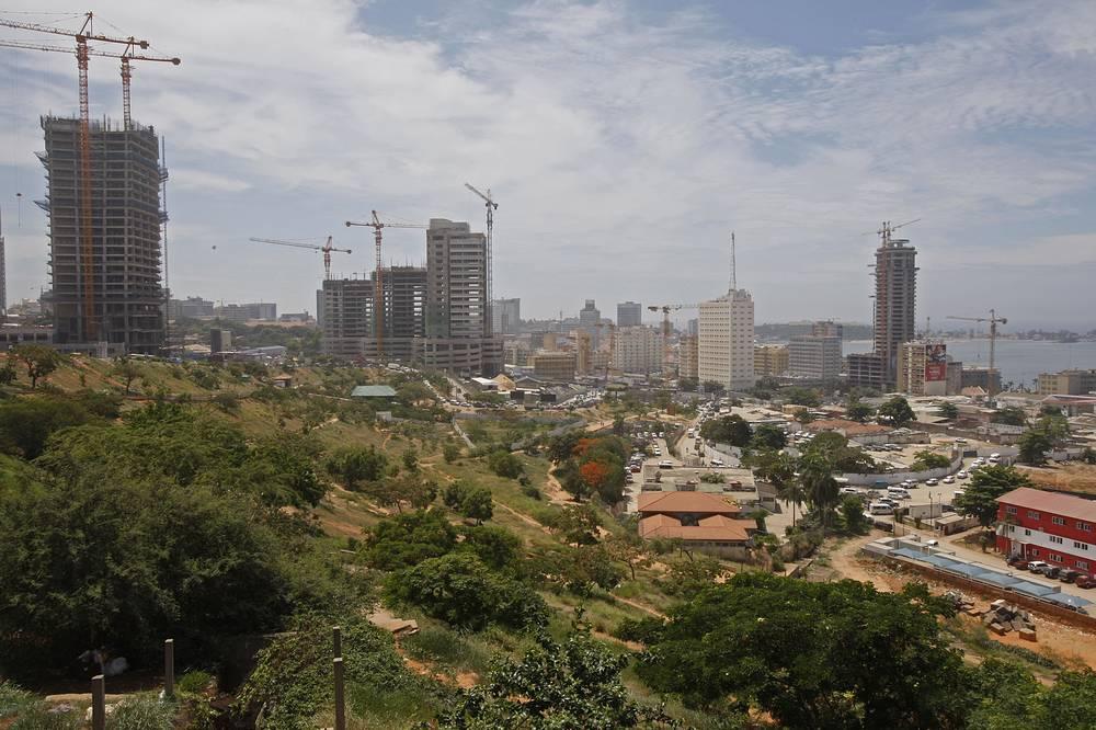 Первое место - Луанда, Ангола