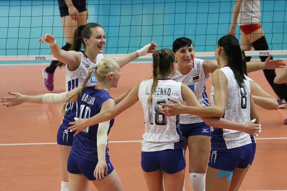 Сборная России после победы на Кубке Ельцина