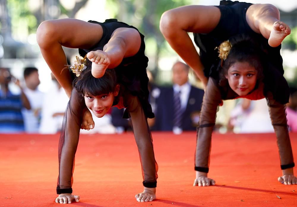 Международный день йоги в Бангкоке, Таиланд