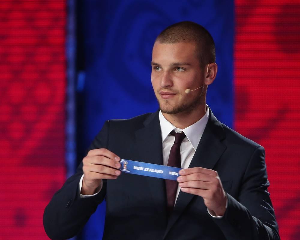 Победитель молодежного чемпионата мира 2015 года серб Предраг Райкович участвовал в жеребьевке зоны Океания