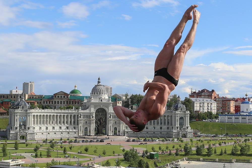 Первую в истории сборной России медаль чемпионатов мира в хайдайвинге завоевал Артем Сильченко. Он занял третье место