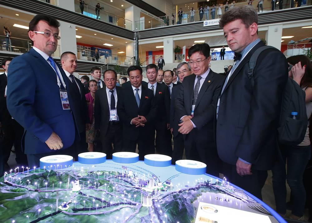В медиацентре Восточного экономического форума - 2015 на территории Дальневосточного федерального университета (ДВФУ)