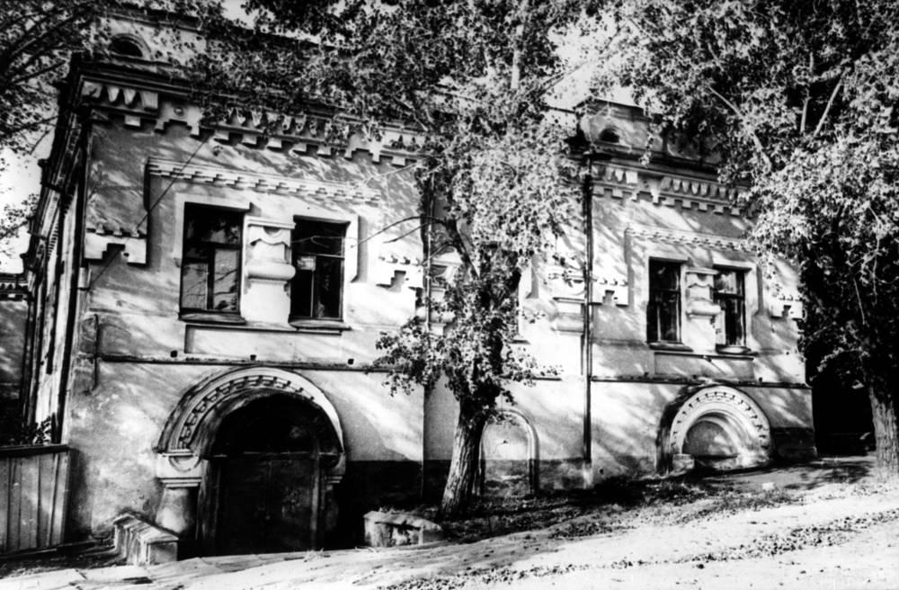 Дом в Екатеринбурге, в котором были расстреляны Николай II и члены его семьи, 1918 год