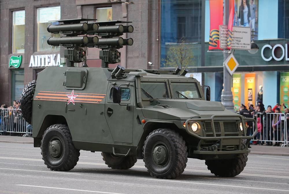 """Противотанковый ракетный комплекс """"Корнет"""" на базе бронемашины """"Тигр"""""""