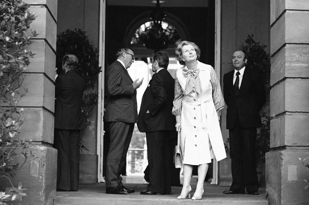 На выборах 1979 года Консервативная партия одержала победу, получив в палате общин 339 мест из 635, Маргарет Тэтчер возглавила правительство.  На фото: Тэтчер во время визита в Страсбург, 22 июня 1979 года