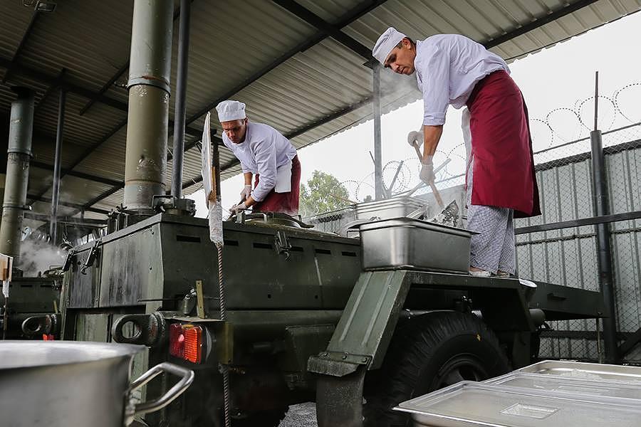 Полевые кухни на авиабазе Хмеймим