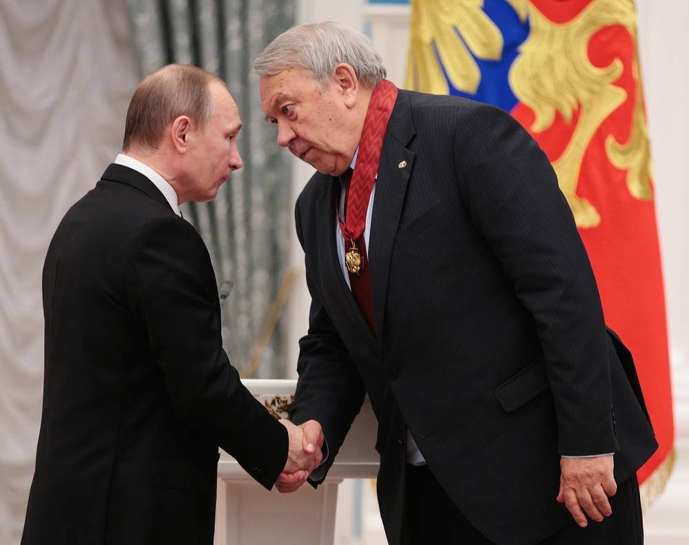 Президент России Владимир Путин и президент Российской академии наук Владимир Фортов, 10 марта