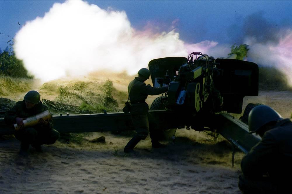 """Буксируемая гаубица """"Мста-Б"""" калибра 152 мм"""