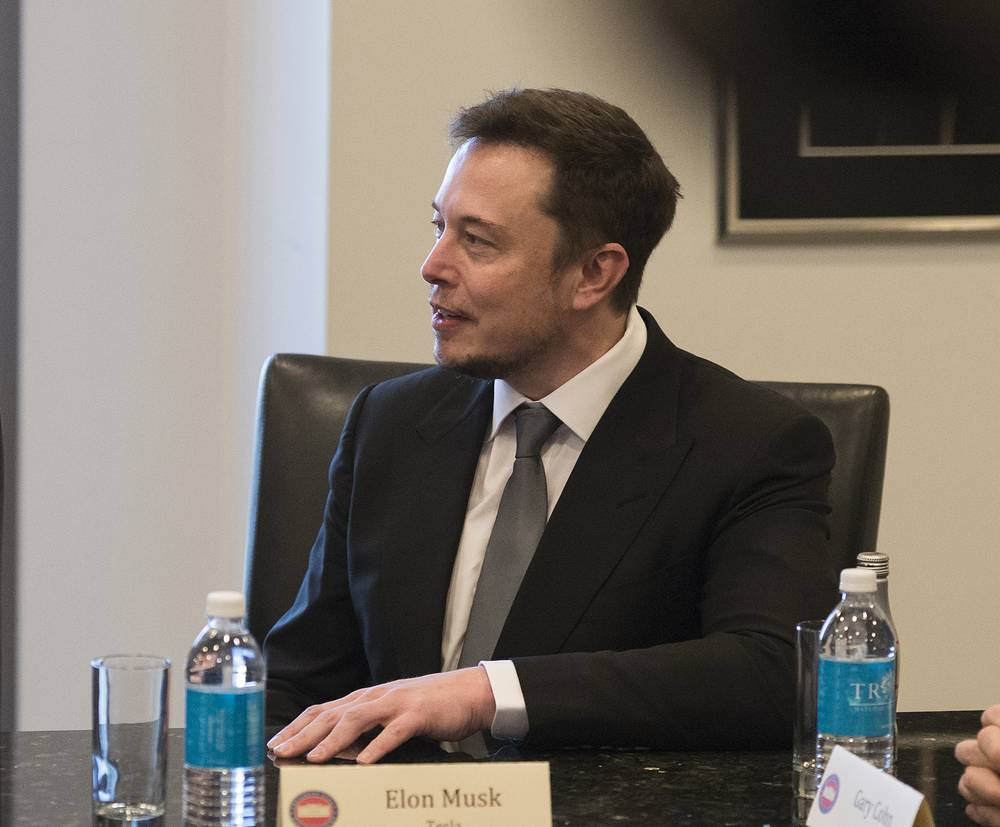 Глава SpaceX и Tesla Motors Илон Маск