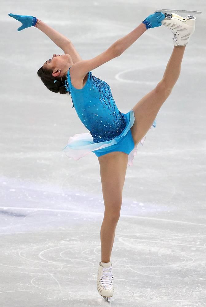 Евгения Медведева во время выступления в короткой программе на чемпионате мира по фигурному катанию