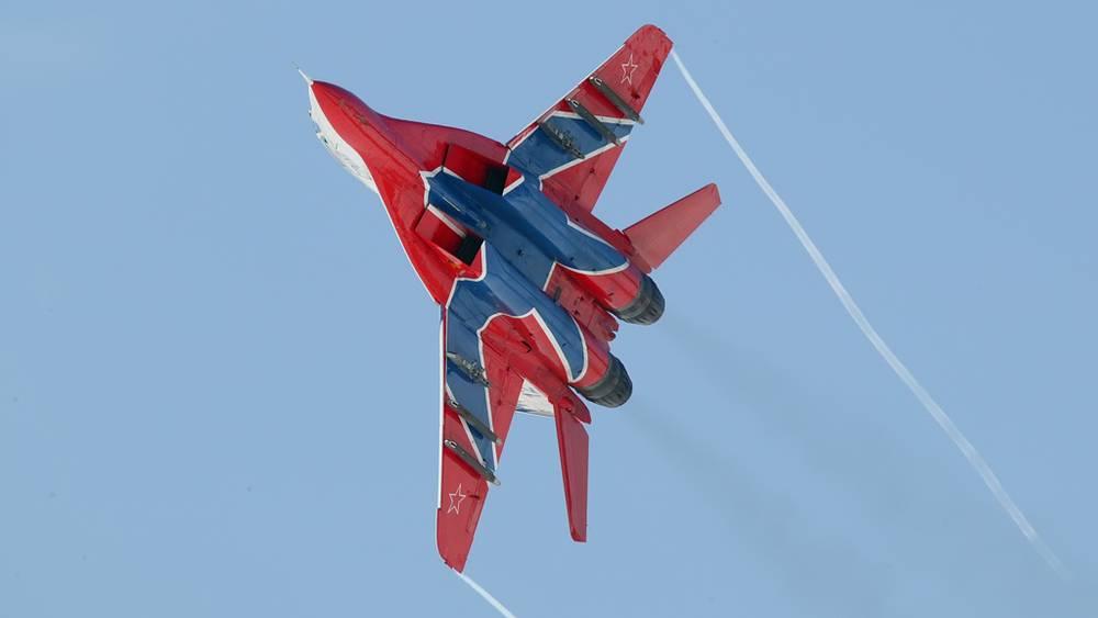 МиГ-29 авиационной группы высшего пилотажа «Стрижи»