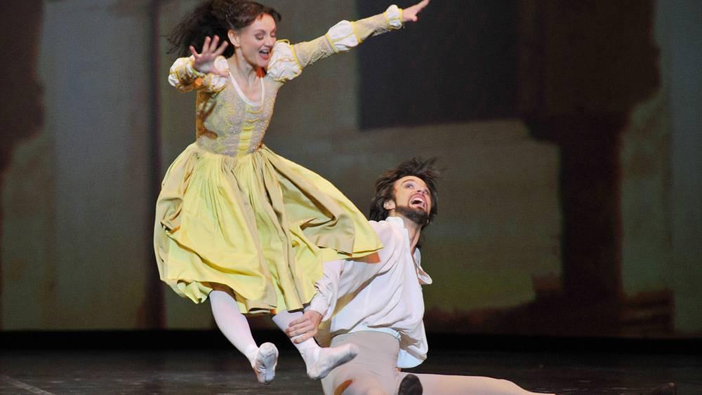 """Мария Эйхвальд и Филипп Баранкевич в сцене из балета """"Укрощение строптивой"""""""