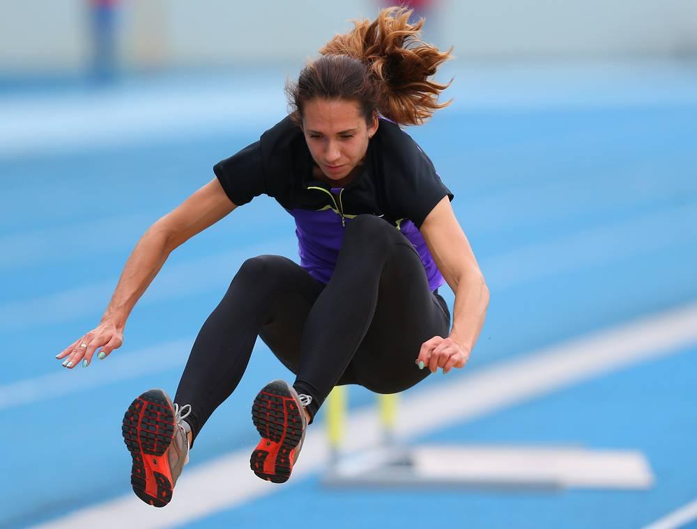 Российская бегунья на дистанции 400 м с барьерами Анастасия Отт