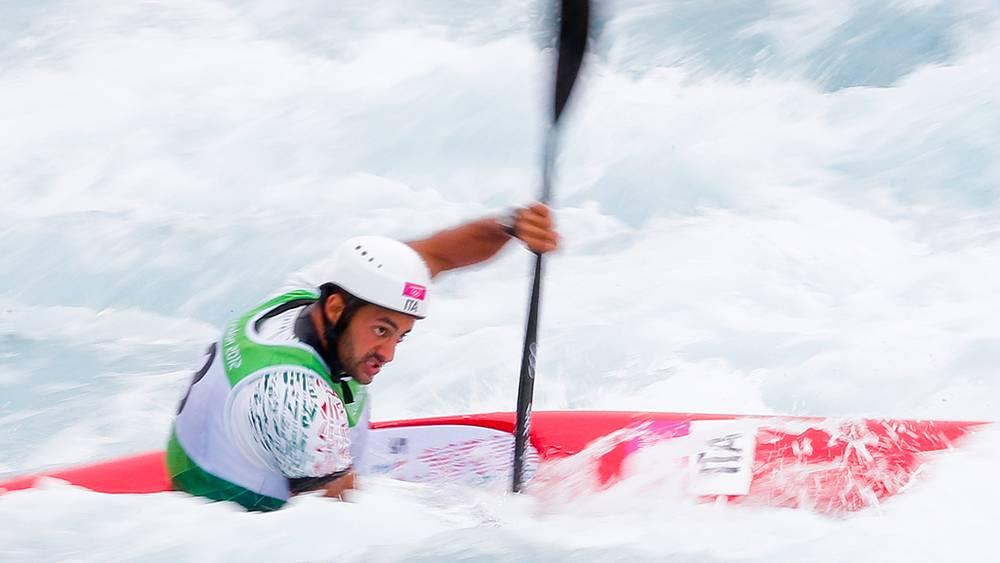 Итальянец Даниэле Мольменти стал олимпийским чемпионом по гребному слалому в байдарке-одиночке