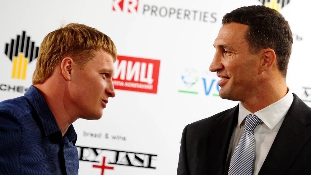 Боксеры на пресс-конференции