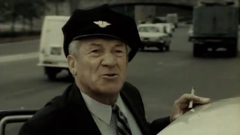 """Николай Крючков в роли таксиста. """"Горожане"""" 1975г."""