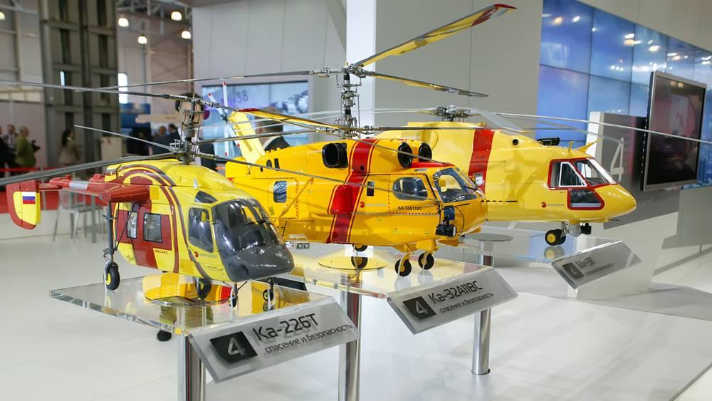 Модели вертолётов Ка-226Т, Ка-3211ВС и Ми-38 на выставке HeliRussia-2012