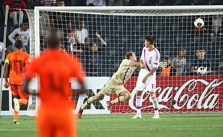 Голландцы забили пять мячей в ворота сборной России