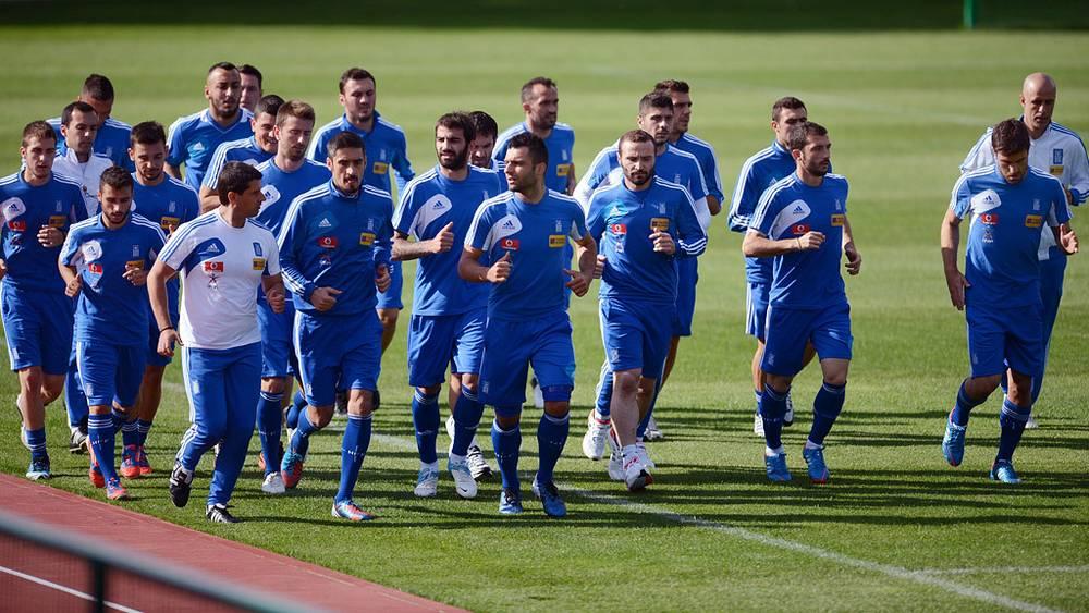Тренировка сборной Греции по футболу в Польше