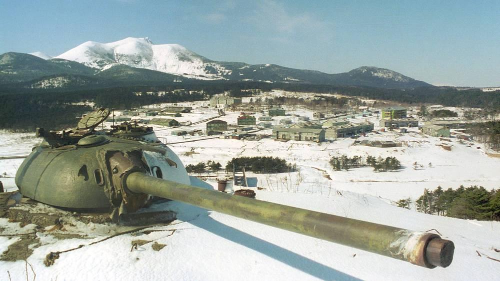 Танк ИС-3 времен Второй мировой войны у поселка российских пограничников Горячий Пляж