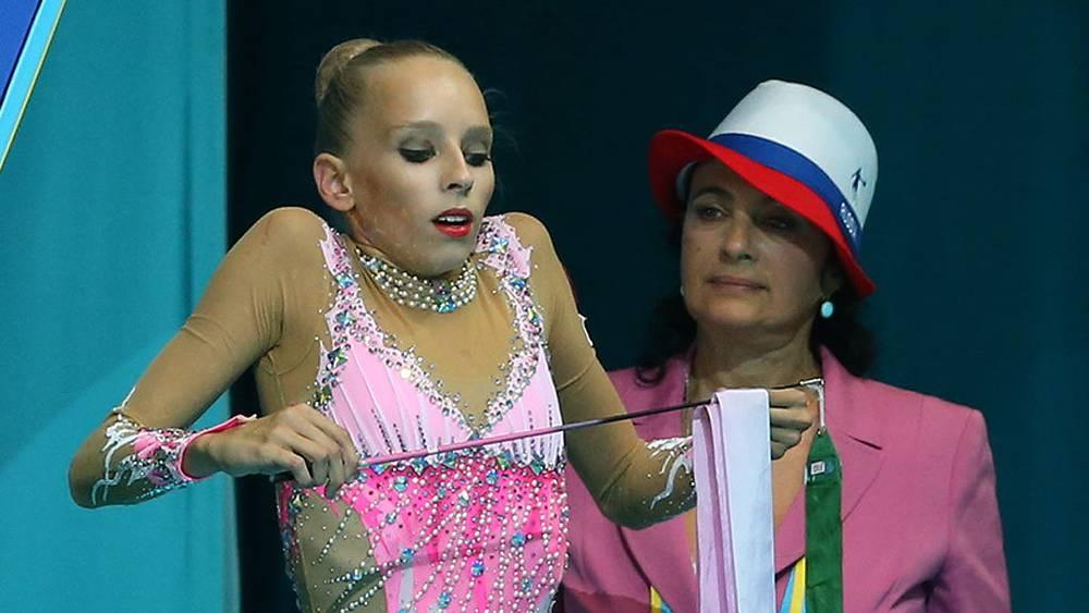 Яна Кудрявцева и тренер Ирина Винер. Фото ИТАР-ТАСС/Валерий Шарифулин