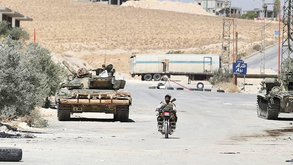 На территории поста сирийской армии вблизи города Маалула к северо-востоку от Дамаска. Фото ИТАР-ТАСС/ Михаил Почуев
