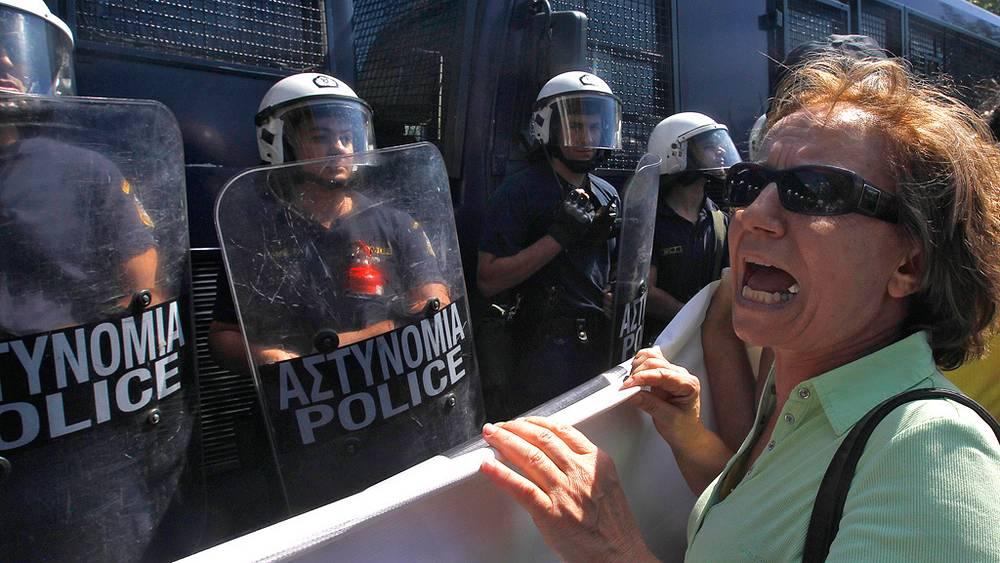 Фото EPA/ORESTIS PANAGIOTOU