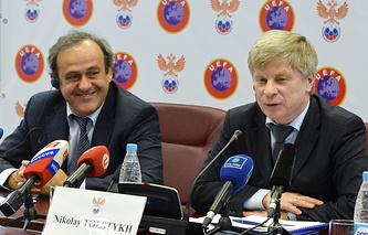 Президент УЕФА Мишель Платини и глава РФС Николай Толстых