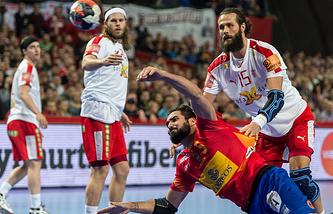 Матч между командами Дании и Испании
