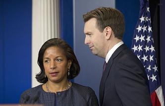 Помощник президента США по национальной безопасности Сюзан Райс и пресс-секретарь Белого дома Джош Эрнест