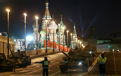 Night rehearsal of Victory Day parade held on Red Square