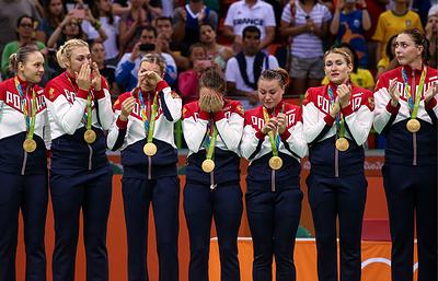 Сборная России поднялась на четвертое место в медальном зачете после 15-го дня Олимпиады