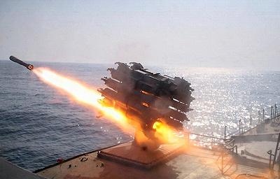 """Фрегат """"Адмирал Макаров"""" провел испытания вооружения на Балтике"""