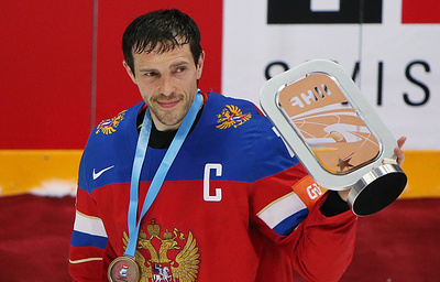 Ларионов: Дацюк вошел в число 100 лучших игроков НХЛ благодаря своим трюкам