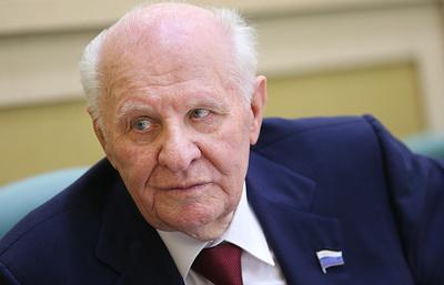 Егор Строев: в 90-е Совет Федерации, как Антей, удержал Россию от распада