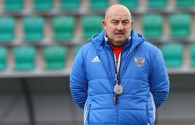 Черчесов: перед игрой с ивуарийцами остаются вопросы по одному-двум футболистам россиян