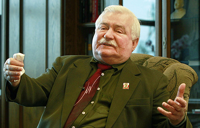 В Польше возбудили уголовное дело против Леха Валенсы