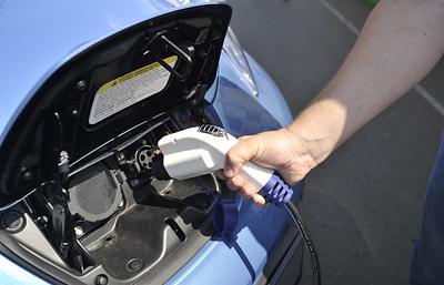 """Резидент """"Сколково"""" предложил усовершенствовать оплату электрической зарядки"""