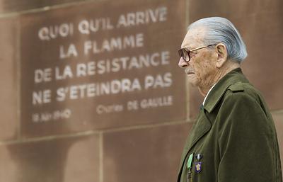 Во Франции умер один из последних кавалеров ордена Освобождения Фред Моор
