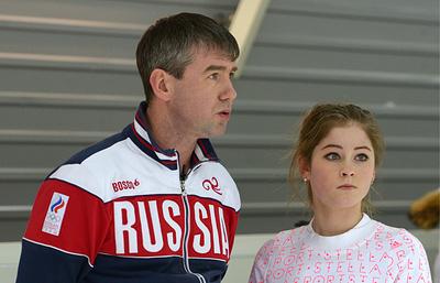 Урманов заявил, что сохранил с Липницкой добрые отношения и продолжает тренировать в Сочи