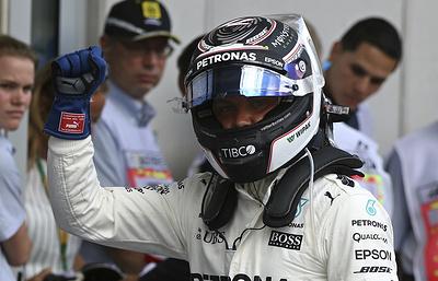 Гонщик «Мерседеса» Боттас выиграл квалификацию Гран-при Абу-Даби в «Формуле-1»