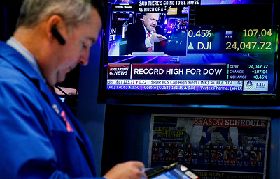 Индекс Dow Jones впервые превысил уровень в 24 тыс. пунктов