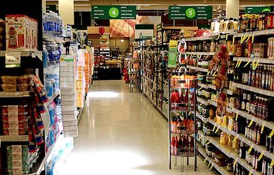 Парламент Великобритании заявил о необходимости увеличить плату за пластиковую упаковку