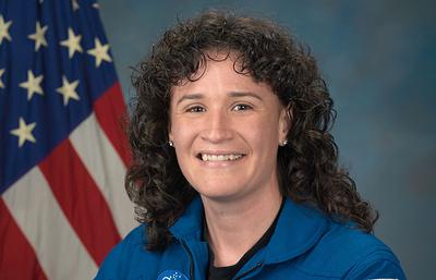 В космос впервые отправится женщина кубинского происхождения