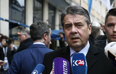 Глава МИД ФРГ: ЕС может начать снимать санкции с РФ после ввода миссии ООН в Донбасс