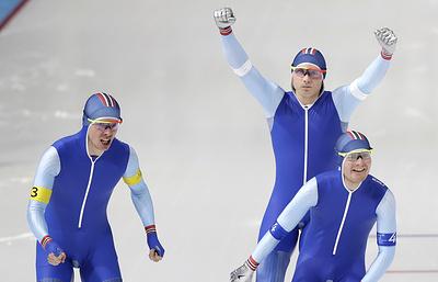 Норвежские конькобежцы стали олимпийскими чемпионами в командной гонке преследования