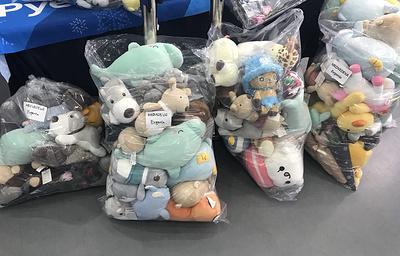 Медведева опередила Загитову по числу подаренных игрушек после выступления на ОИ-2018